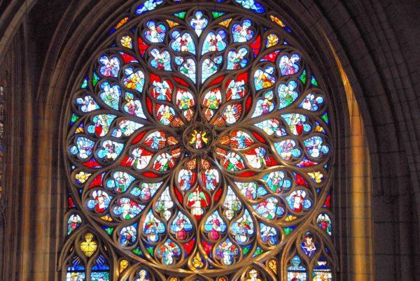 Vitrail de la cathédrale Saint-Etienne de Sens