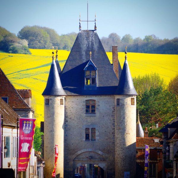 La Porte de Sens à Villeneuve-sur-Yonne